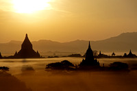 Old Bagan - view from Shwe San Daw Pagoda just before sunset